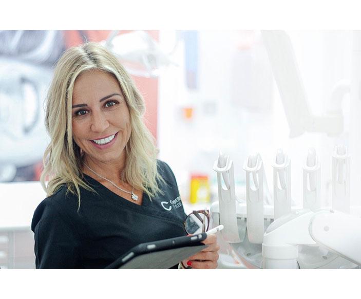 Emi Carreras - Carreras Dental Terrassa