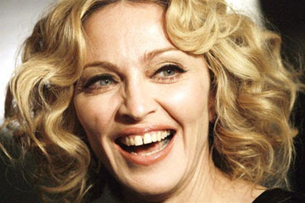 Diastema Interdental - Madonna - Blog Carreras Dental