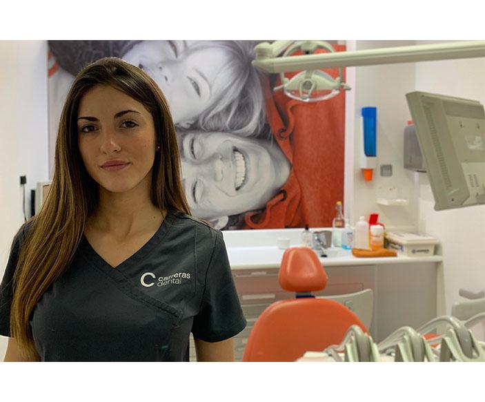 Julia Herrero - Carreras Dental Terrassa
